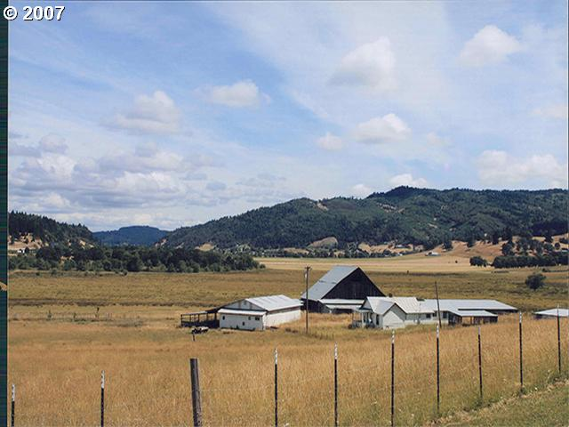 864 sq. ft 2 bedrooms 1 bathrooms  House For Sale,Wilbur, OR