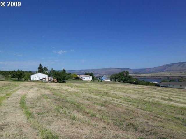 3090 E 10TH, THE DALLES, OR 97058  Photo 6