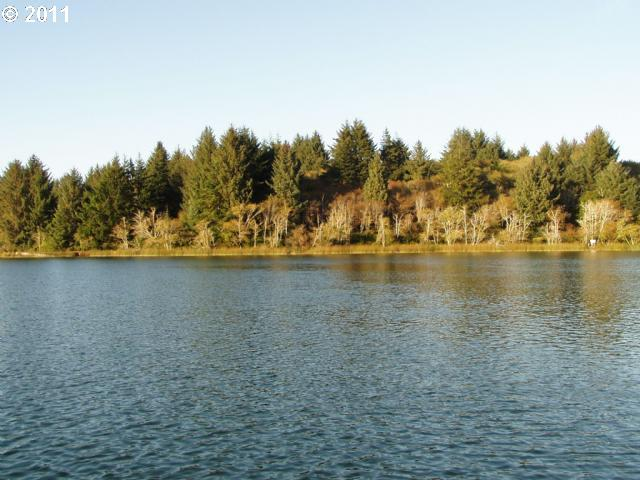 Booth Island - West, Florence, OR 97439