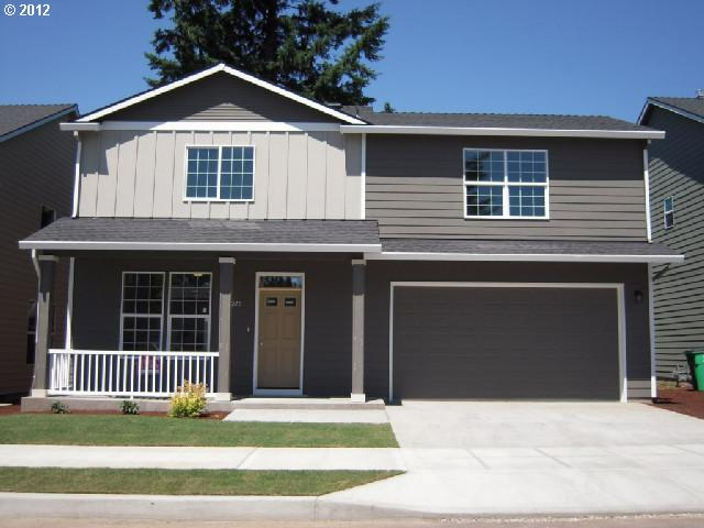 SOLD: $280,000<br>5703 SE Nehalem, Portland OR 97206<br>4 Beds, 3 Baths, 2,018 Sqft<br>