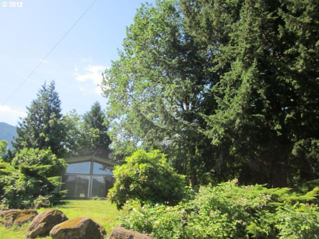Skamania WA Home for Sale built 1975