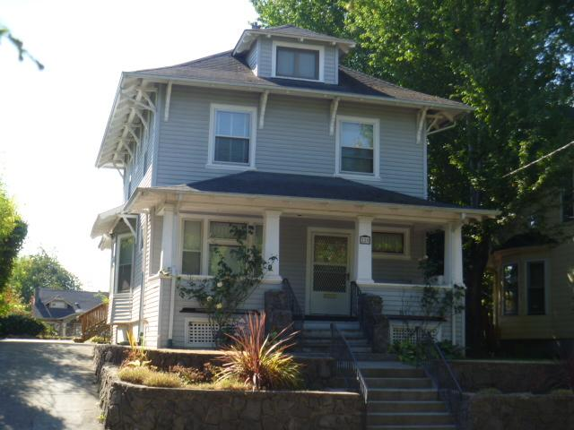 SOLD: $380,000<br>220 NE FARGO, Portland OR 97212<br>4 Beds, 3 Baths, 2,816 Sqft<br>