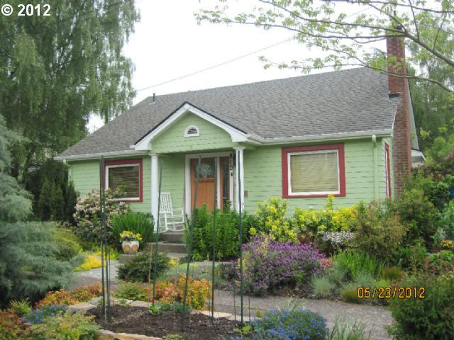 810 E 20th Eugene, OR 97405