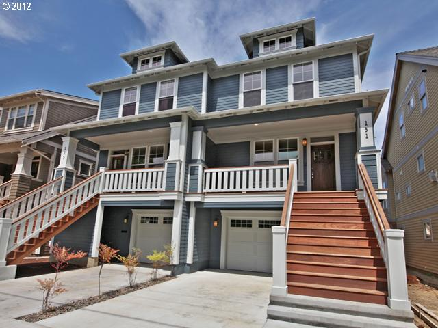 SOLD: $451,950<br>124 NE IVY, Portland OR 97212<br>3 Beds, 4 Baths, 2,087 Sqft<br>