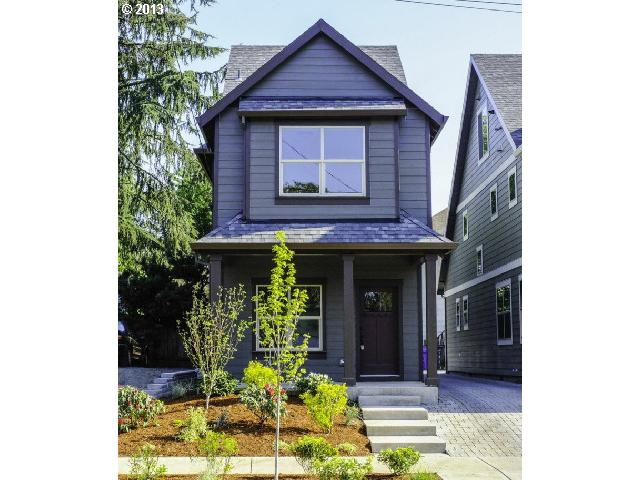 $389,000<br>222 NE Alberta, Portland OR 97211<br>3 Beds, 3 Baths, 2,016 Sqft<br>