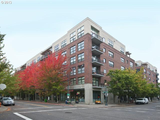SOLD: $450,000<br>820 NW 12TH, Portland OR 97209<br>2 Beds, 2 Baths, 1,175 Sqft<br>