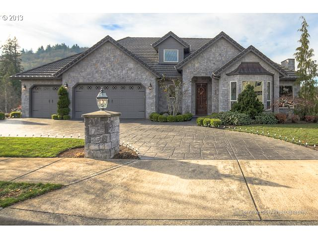 2889 SE MYRTLEWOOD, Gresham OR 97080
