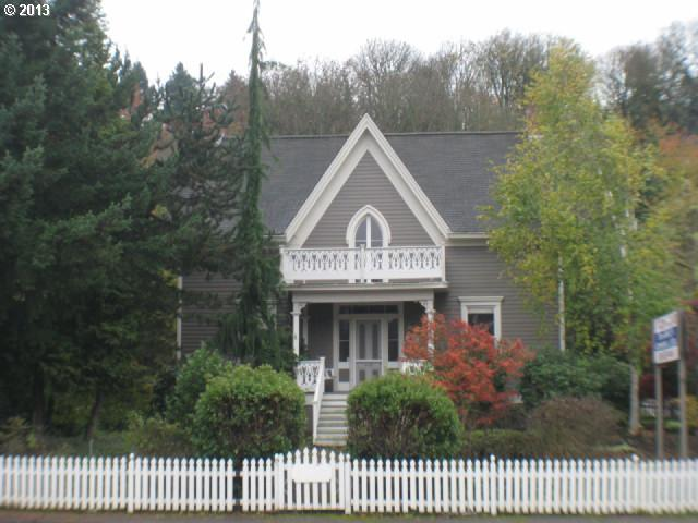 Oregon City OR Home for Sale built 1867