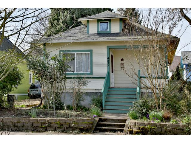 SOLD: $318,000<br>4227 NE GARFIELD, Portland OR 97211<br>2 Beds, 2 Baths, 1,919 Sqft<br>