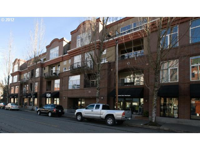 SOLD: $330,000<br>618 NW 12TH, Portland OR 97209<br>1 Beds, 1 Baths, 1,000 Sqft<br>