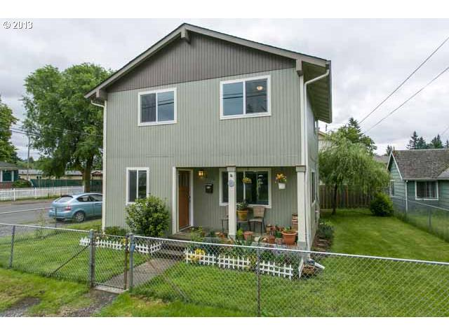 $200,000<br>6156 SE LEXINGTON, Portland OR 97206<br>3 Beds, 2 Baths, 1,640 Sqft<br>