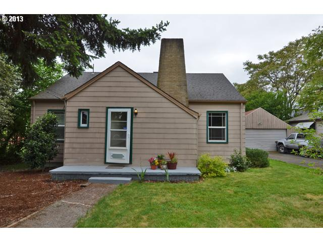 $187,400<br>7137 SE 67TH, Portland OR 97206<br>2 Beds, 1 Baths, 982 Sqft<br>
