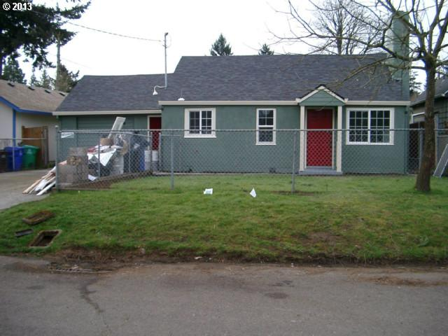 SOLD: $180,000<br>5816 SE MALDEN, Portland OR 97206<br>3 Beds, 1 Baths, 1,659 Sqft<br>