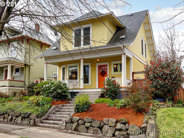 SOLD: $450,000<br>3829 N GANTENBEIN, Portland OR 97227<br>3 Beds, 2 Baths, 2,264 Sqft<br>
