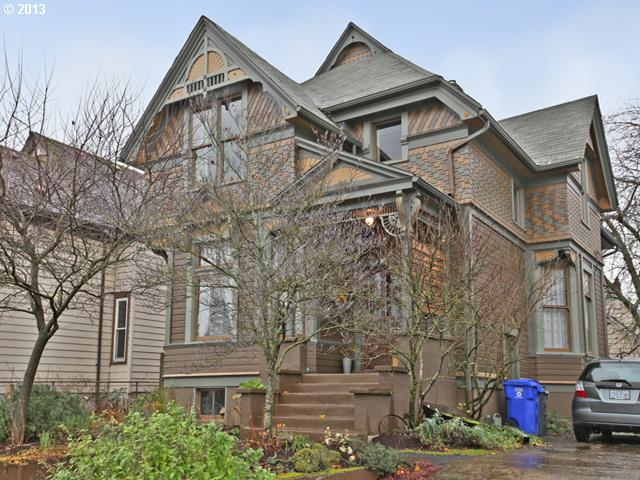 SOLD: $430,000<br>4915 NE GARFIELD, Portland OR 97211<br>4 Beds, 2 Baths, 2,747 Sqft<br>
