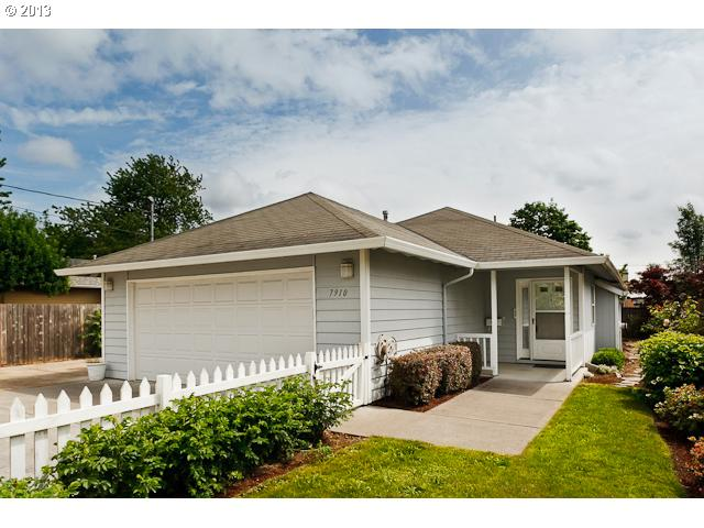 $214,000<br>7910 SE 64TH, Portland OR 97206<br>3 Beds, 2 Baths, 1,212 Sqft<br>