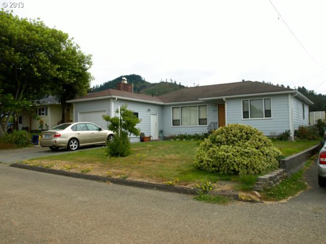 Gold Beach OR Home for Sale built 1951