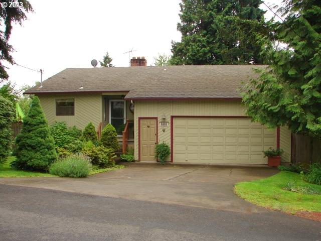 SOLD: $224,900<br>5770 SE WESTFORK, Portland OR 97206<br>3 Beds, 3 Baths, 2,208 Sqft<br>