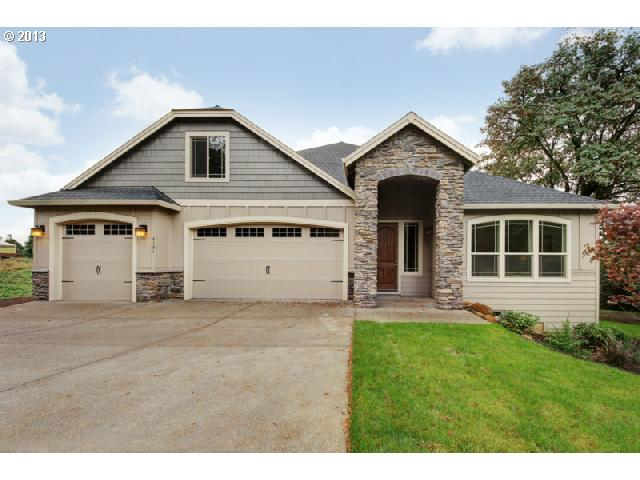 18697  OLD RIVER, West Linn OR 97068