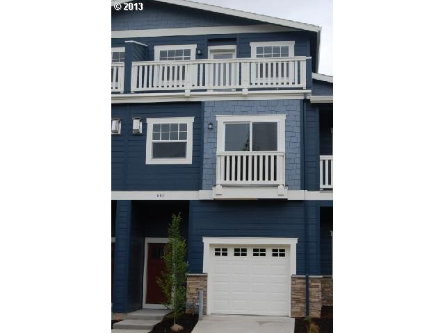 $329,000<br>531 N COOK, Portland OR 97227<br>3 Beds, 4 Baths, 1,415 Sqft<br>