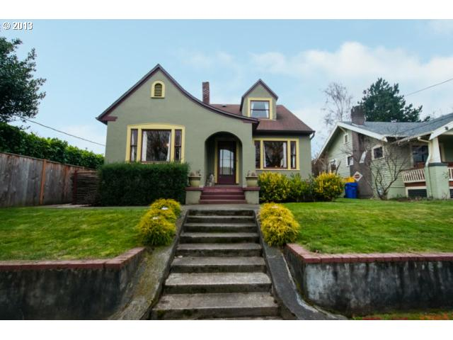 SOLD: $442,000<br>3715 N HAIGHT, Portland OR 97227<br>3 Beds, 2 Baths, 2,527 Sqft<br>