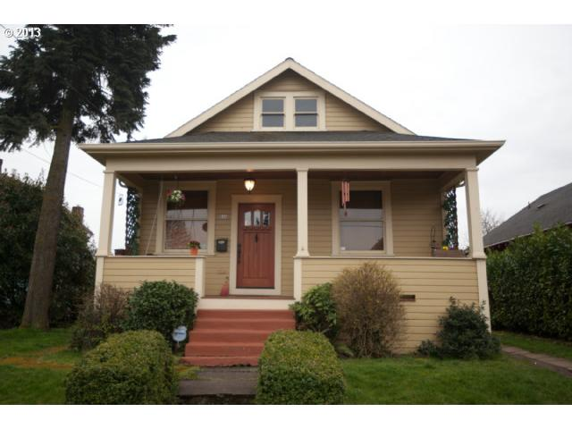 SOLD: $399,000<br>846 NE EMERSON, Portland OR 97211<br>4 Beds, 2 Baths, 2,369 Sqft<br>