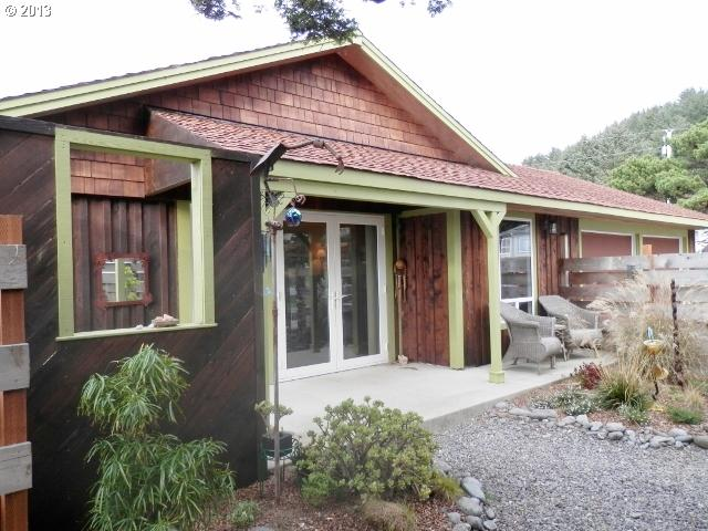 Gold Beach OR Home for Sale built 1959