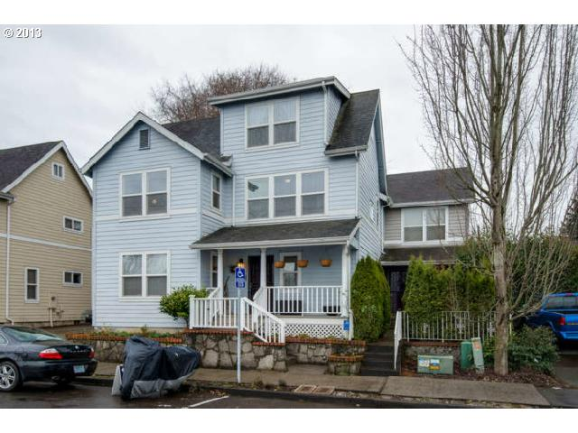 SOLD: $267,000<br>502 NE ROSELAWN, Portland OR 97211<br>3 Beds, 3 Baths, 1,584 Sqft<br>