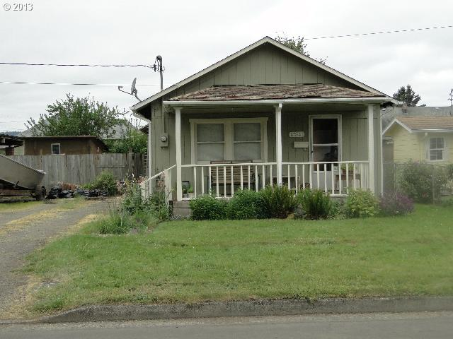 221 S 11th Cottage Grove, OR 97424
