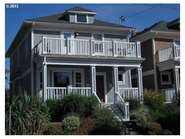 SOLD: $190,000<br>105 NE FARGO, Portland OR 97212<br>3 Beds, 1 Baths, 819 Sqft<br>