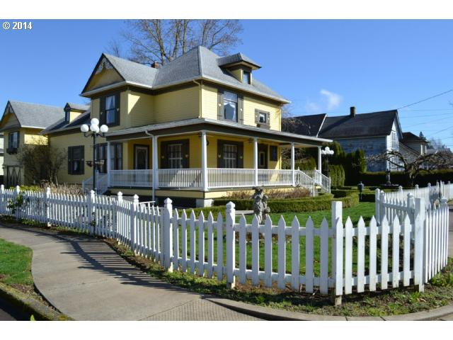 Washougal WA Home for Sale built 1903