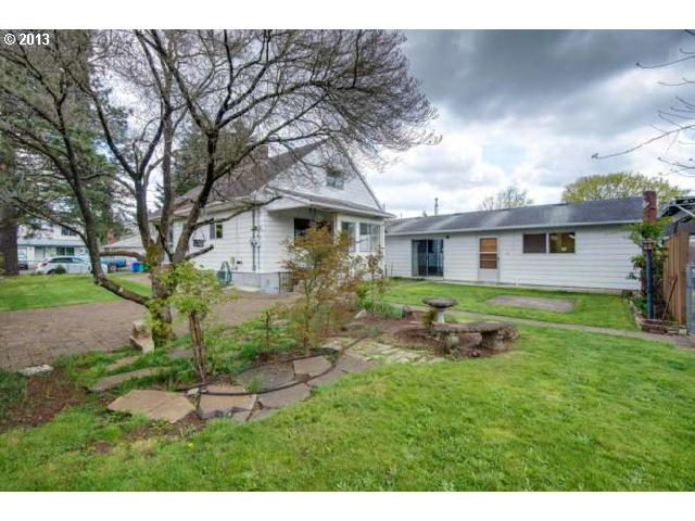 SOLD: $264,000<br>6407 SE 61ST, Portland OR 97206<br>3 Beds, 2 Baths, 3,112 Sqft<br>