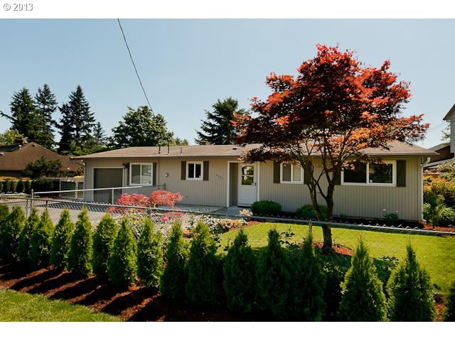SOLD: $205,000<br>6020 SE FLAVEL, Portland OR 97206<br>2 Beds, 1 Baths, 1,288 Sqft<br>