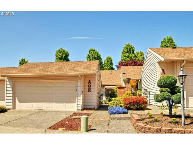 15925 SW GREENS WAY, Tigard, OR 97224