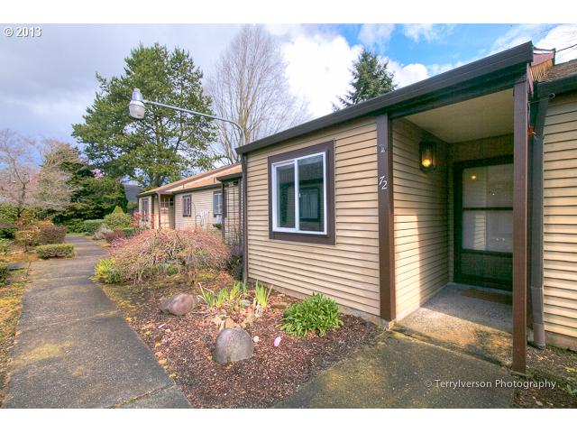 814 sq. ft 2 bedrooms 1 bathrooms  House , Portland