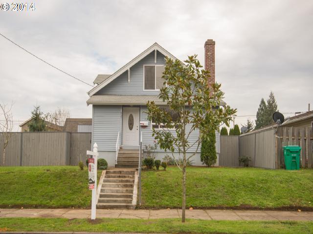 7454 N MACRUM, Portland OR 97203