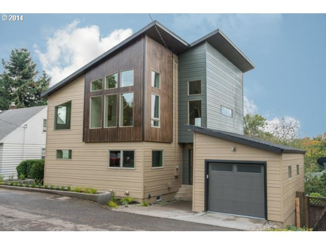 1822 SW MOSS, Portland OR 97219