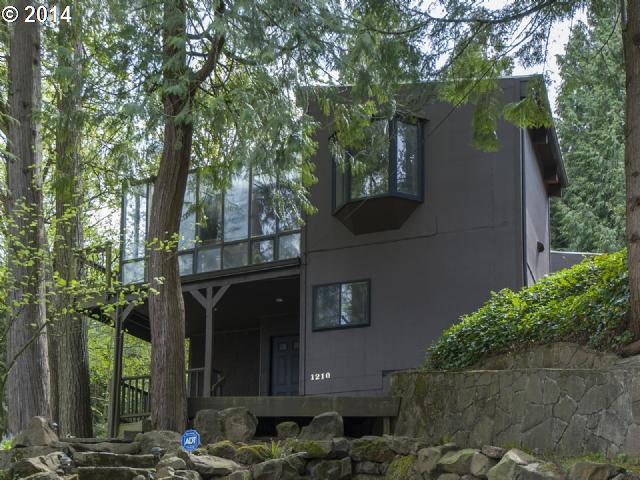 1210  PINE, Lake Oswego OR 97034
