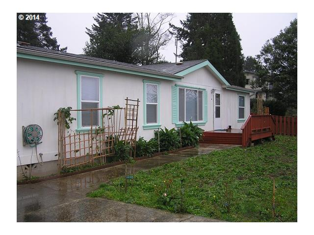 267 1ST, Coos Bay OR 97420