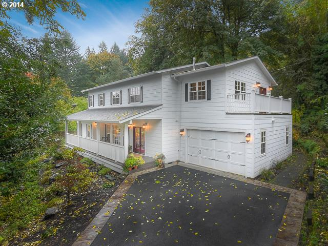 10650 SW COLLINA, Portland OR 97219