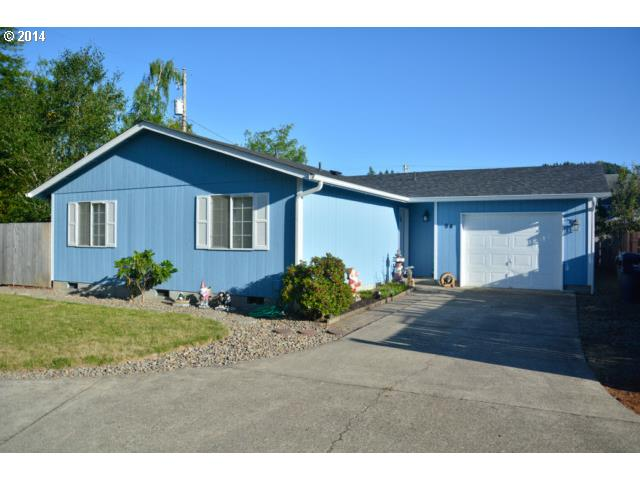 94 N 7TH, Creswell OR 97426
