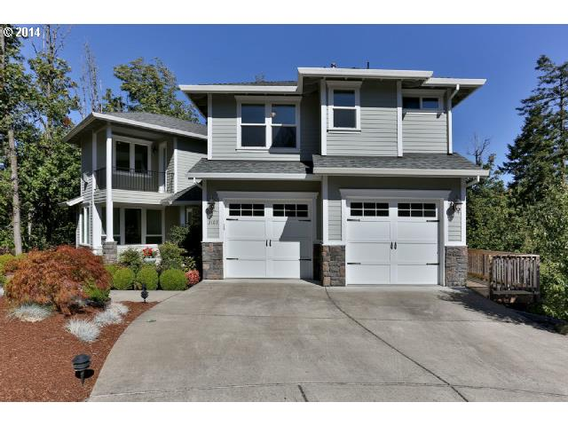 3109 SW COLLINS, Portland OR 97219