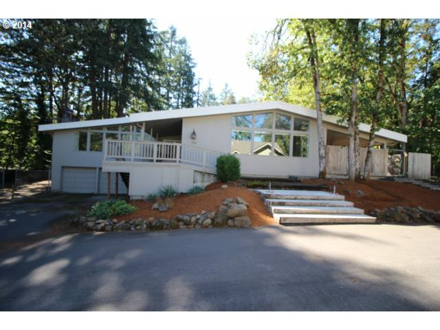 710 Foothill Dr, Eugene, OR 97405