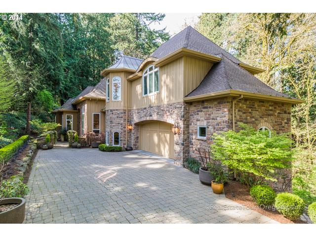 688 IRON MOUNTAIN, Lake Oswego OR 97034