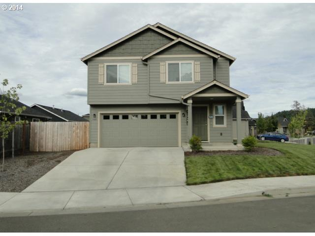 1166 RIVERFRONT, Cottage Grove OR 97424