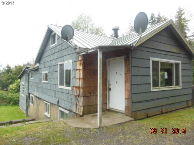 93644 MCKENNA LN, Coos Bay, OR 97420