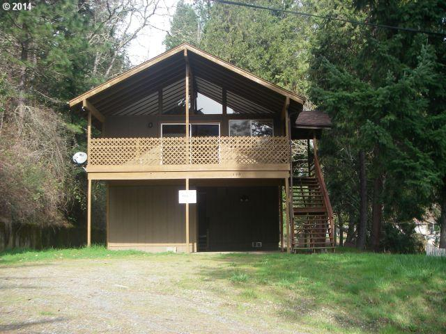 Photo of 550 NW HARRISON ST,  Canyonville, OR, 97417