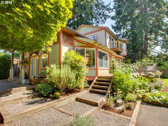 5530 SW CAMERON, Portland OR 97221