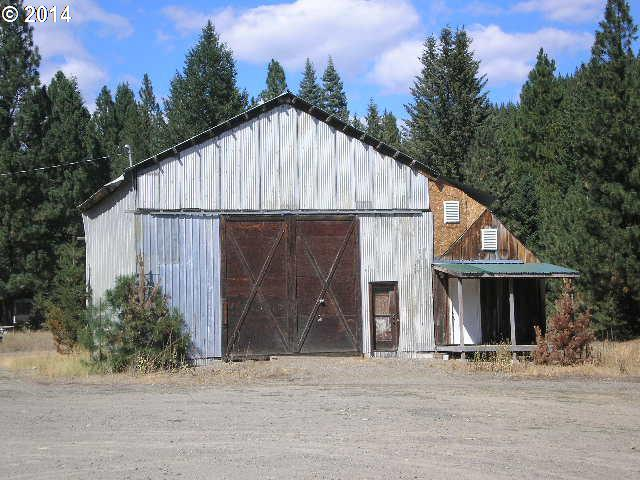 650 NW Sumpter Valley HWY, Sumpter, OR 97877