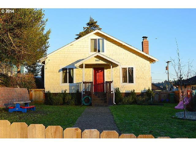 962 S 8TH, Coos Bay OR 97420